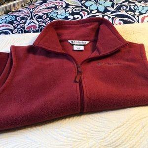 Gently worn Men's small Columbia vest